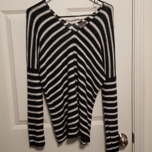 Vince Navy White Striped V-Neck Sweater